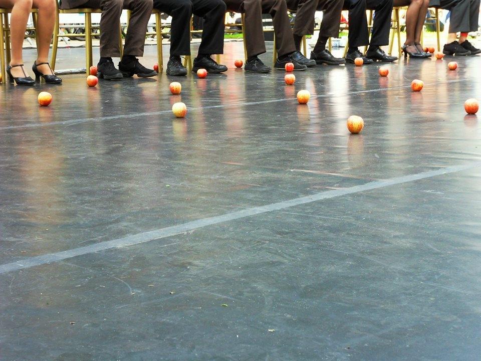 'Apple Jugglers' by Melissa Sirol