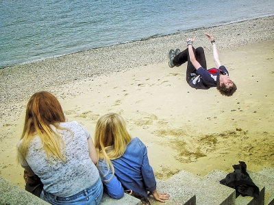 Somersault on Thames shore