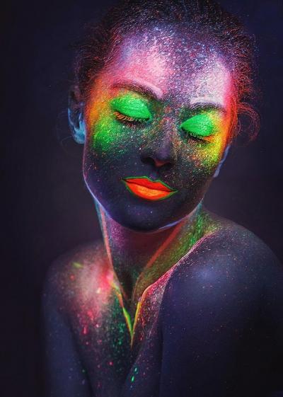 neon portrait, fluorescent make-up, Ultra-violet lamps, creative