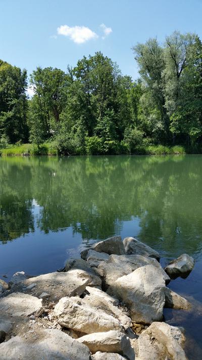 Isar river 2