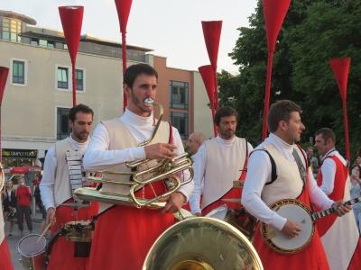Opus II - Fanfare Le S.N.O.B. - horn blowing