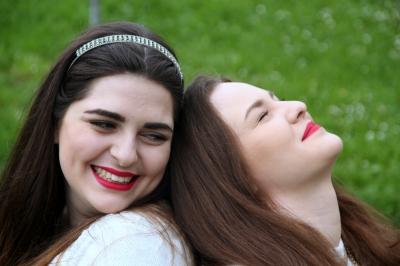 Best friends wear the same lipstick