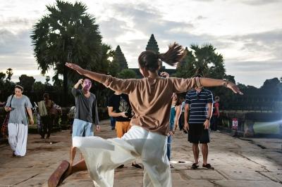 Photobombing at Angkor