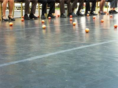 Apple Jugglers