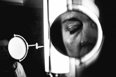 Magnifying Mirror