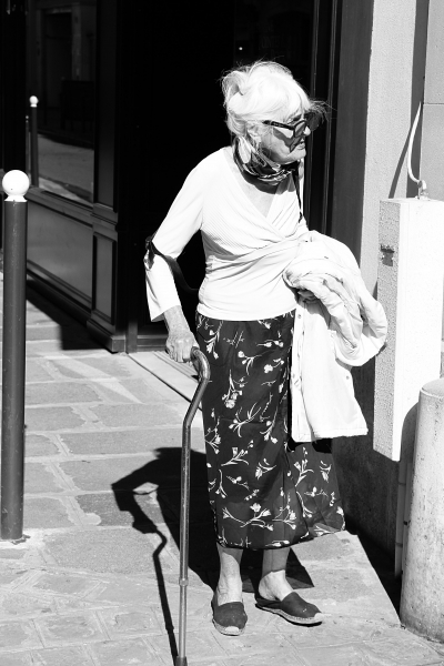 Older lady in the heart of Paris